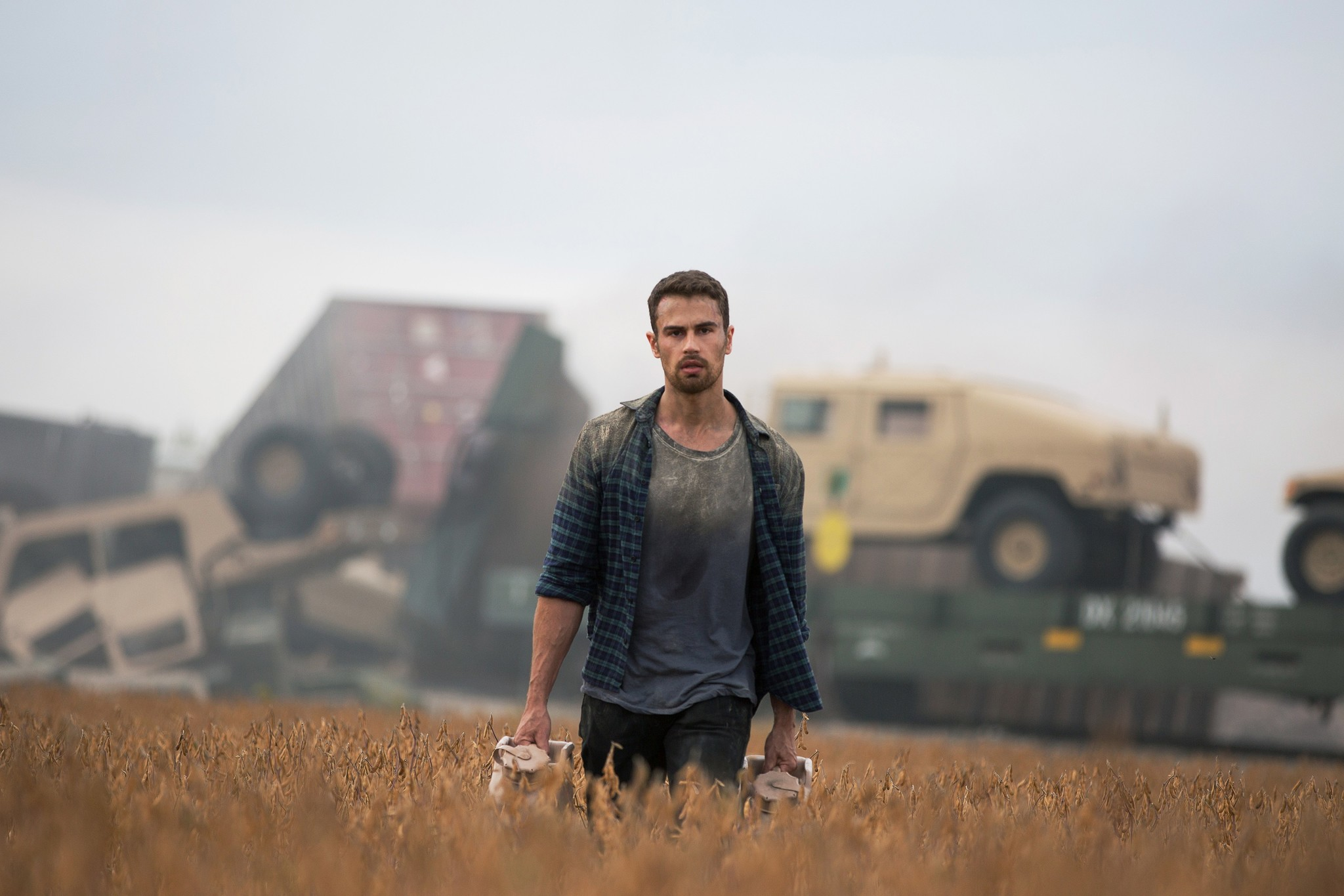 Theo James in How It Ends (2018)