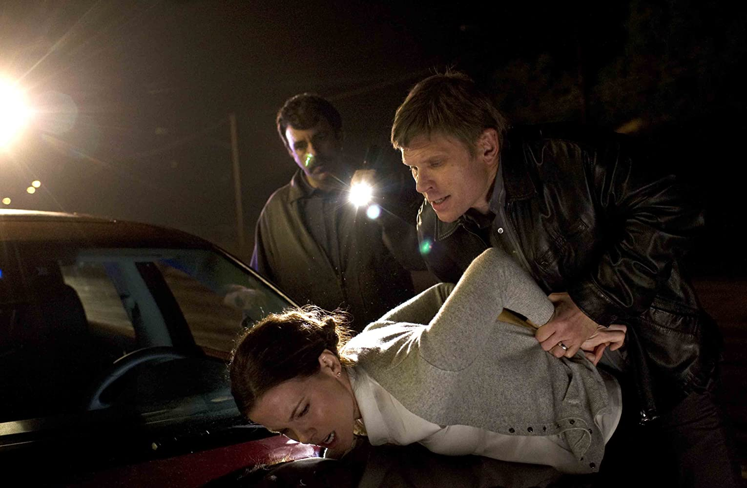 Kate Beckinsale and Mark Pellegrino in The Trials of Cate McCall (2013)