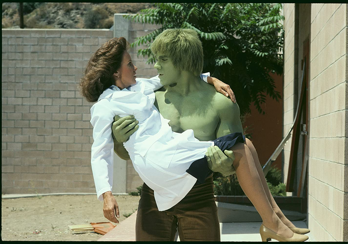 Lou Ferrigno and Jane Merrow in The Incredible Hulk (1977)