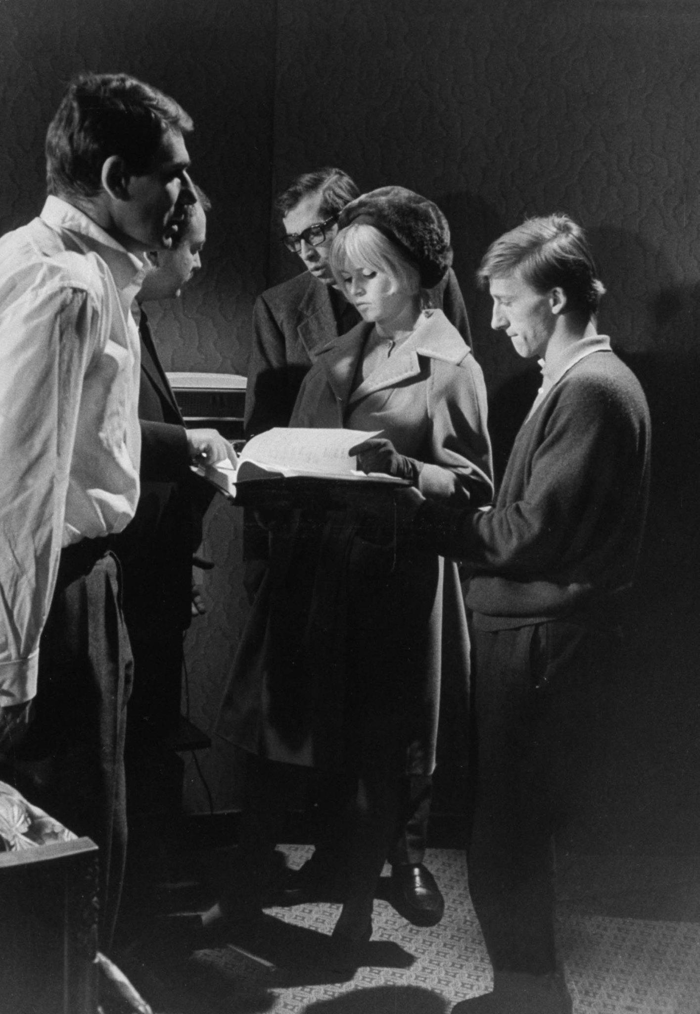 Brigitte Bardot, Robert Hossein, and Roger Vadim in Le repos du guerrier (1962)