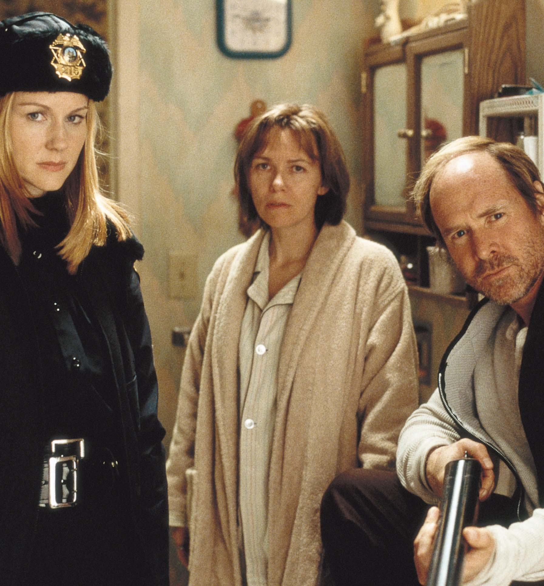 Laura Linney, Will Patton, and Lucinda Jenney in The Mothman Prophecies (2002)