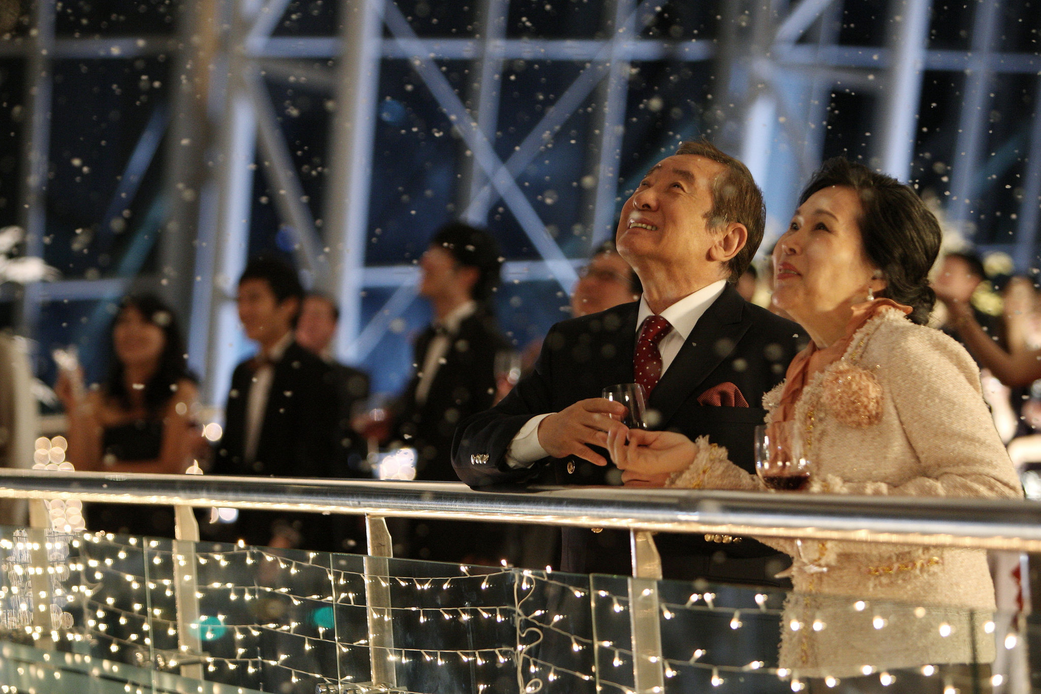 Jae-ho Song and Joo-sil Lee in Ta-weo (2012)
