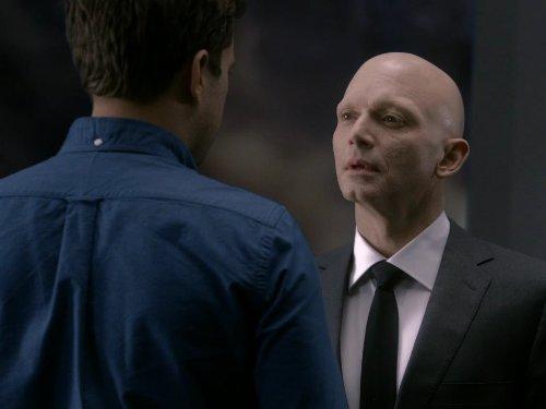 Joshua Jackson and Michael Cerveris in Fringe (2008)