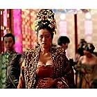 Gong Li and Junjie Qin in Man cheng jin dai huang jin jia (2006)