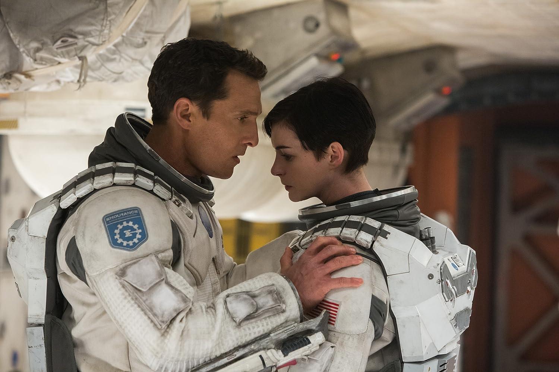 Matthew McConaughey and Anne Hathaway in Interstellar (2014)