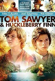 Joel Courtney and Jake T. Austin in Tom Sawyer & Huckleberry Finn (2014)