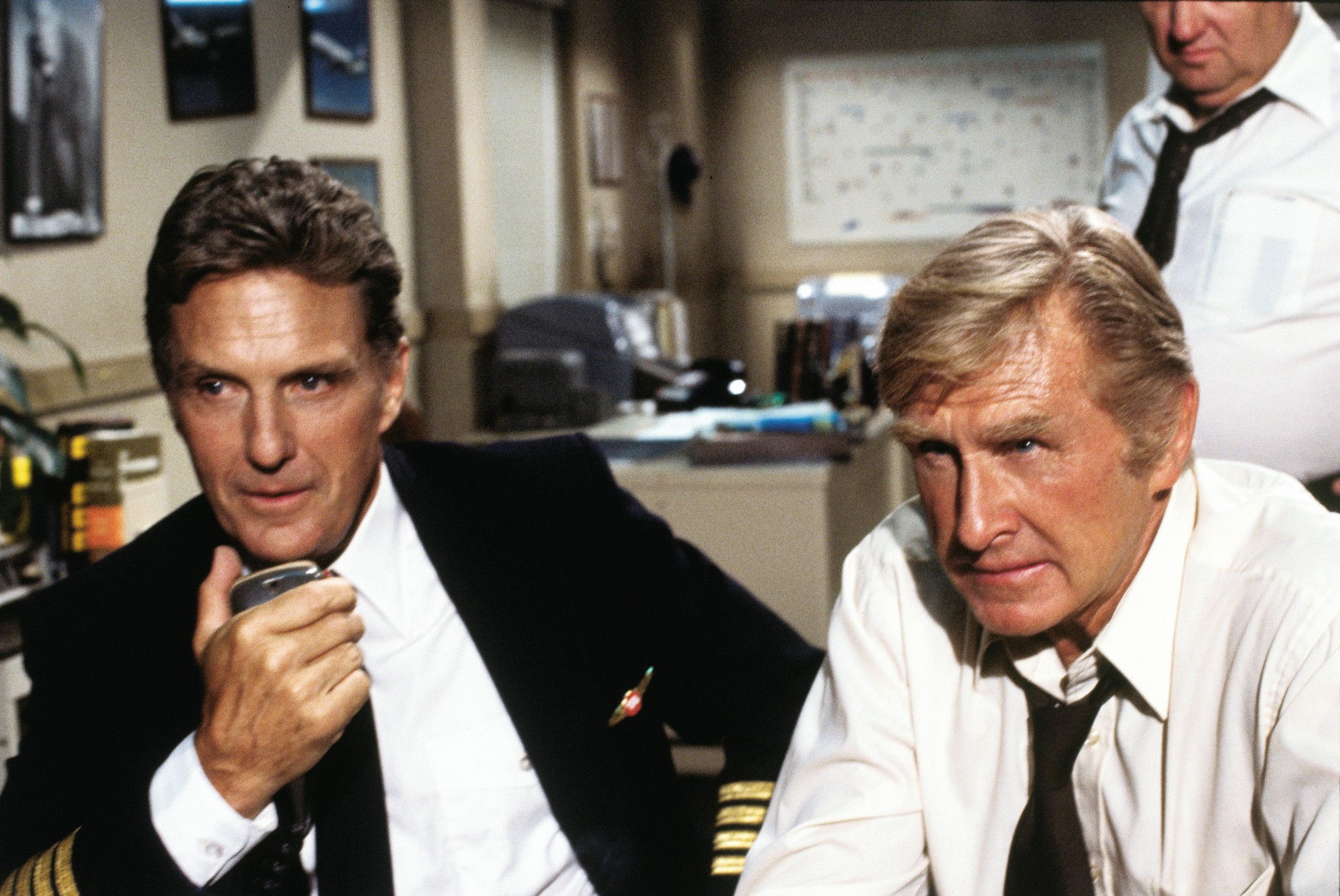 Lloyd Bridges and Robert Stack in Airplane! (1980)
