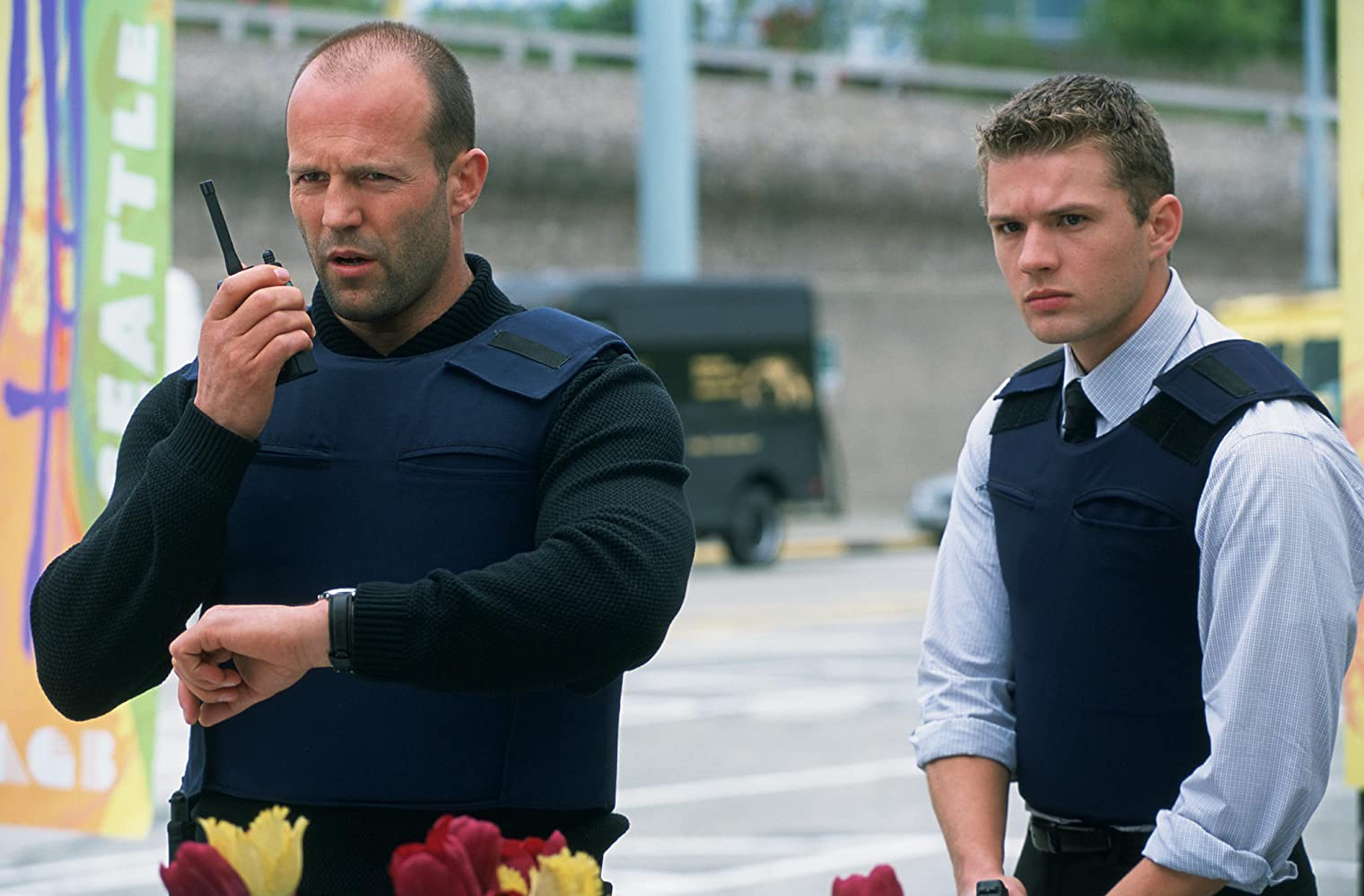 Ryan Phillippe and Jason Statham in Chaos (2005)