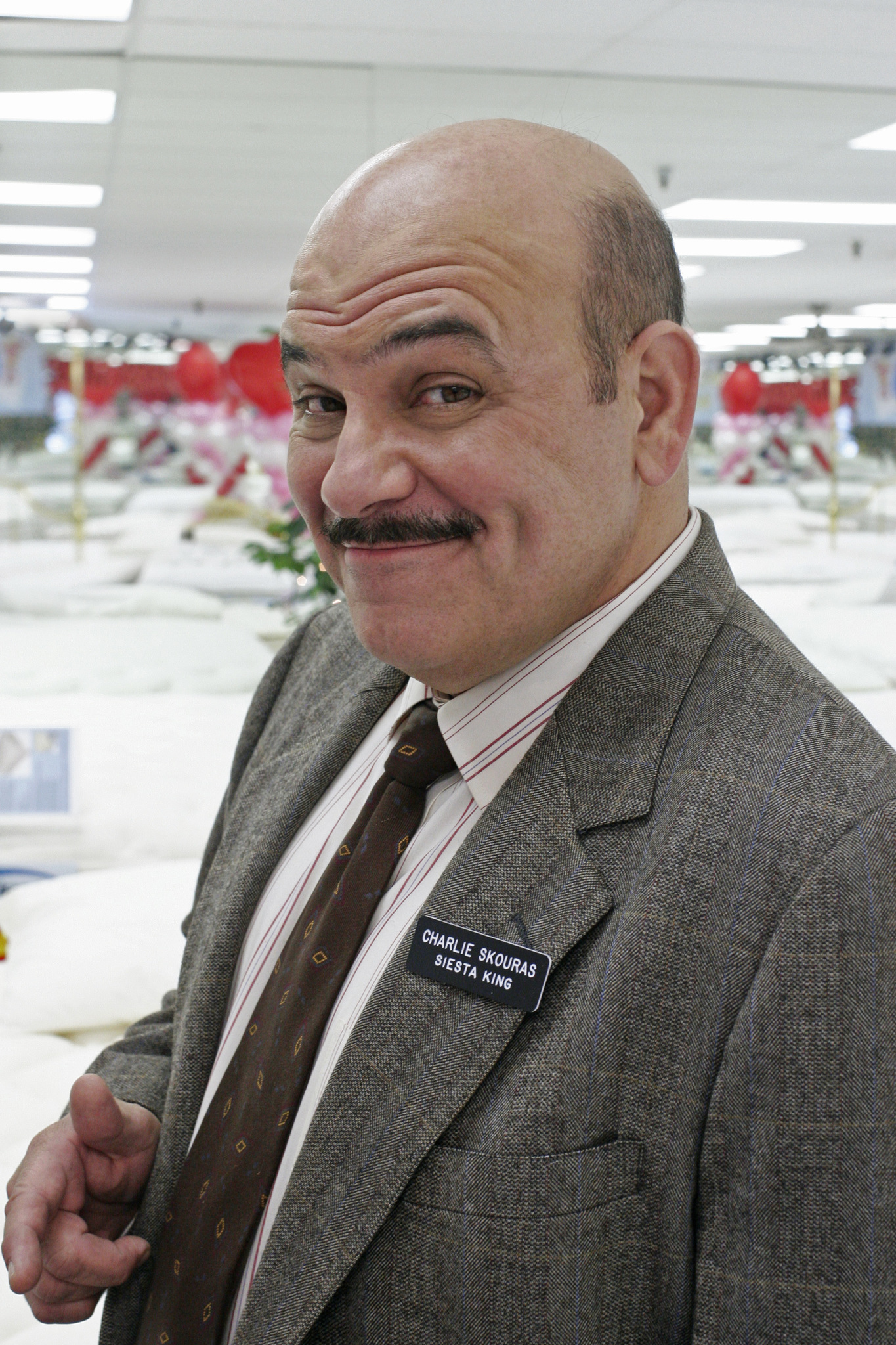Jon Polito at an event for Desperate Housewives (2004)