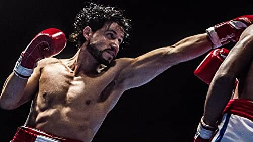 Follows the life of Roberto Duran, who made his professional debut in 1968 as a 16-year-old and retired in 2002 at age 50. In June 1980, he defeated Sugar Ray Leonard to capture the WBC welterweight title but shocked the boxing world by returning to his corner in the November rematch, saying 'no mas' (no more).