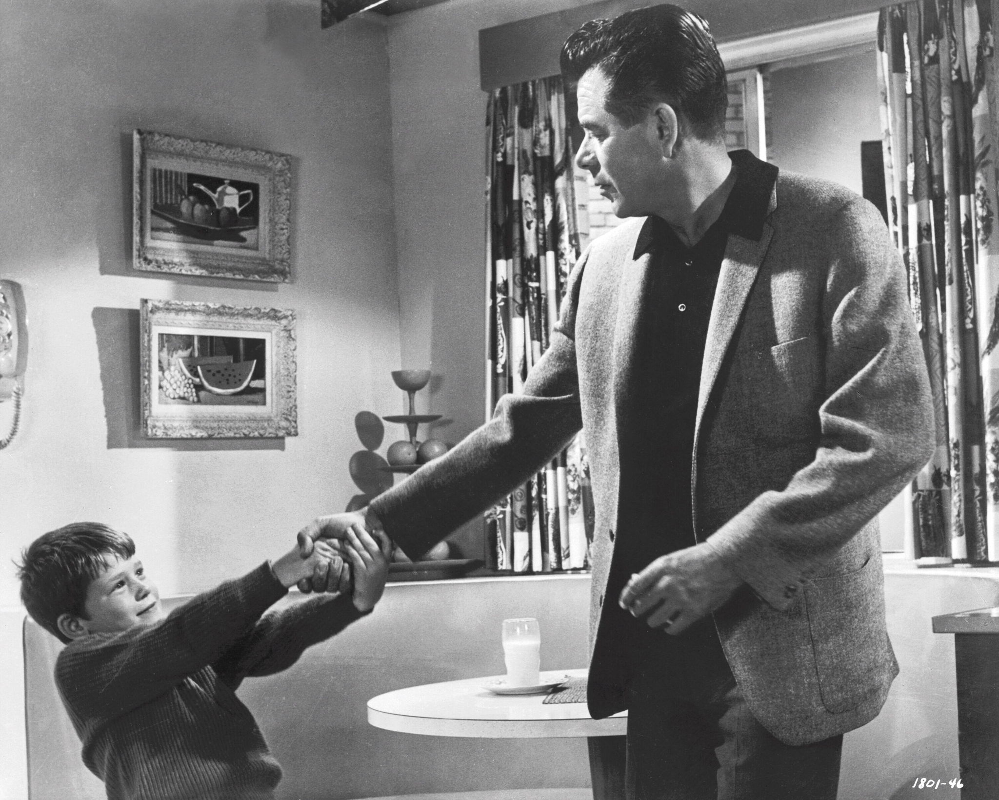 Ron Howard and Glenn Ford in The Courtship of Eddie's Father (1963)