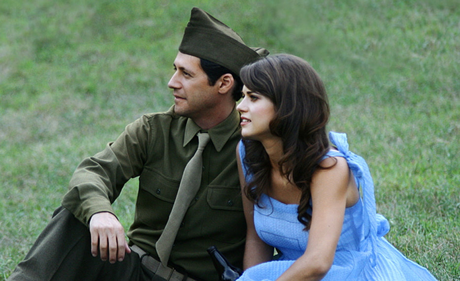 Still of Lyndsy Fonseca and Andy Hirsch in Fort McCoy