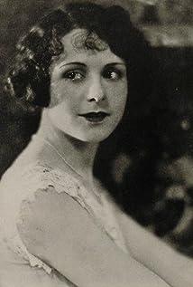 Louise Lorraine Picture