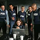 Joe Mantegna, Thomas Gibson, Shemar Moore, Paget Brewster, A.J. Cook, and Matthew Gray Gubler in Criminal Minds (2005)