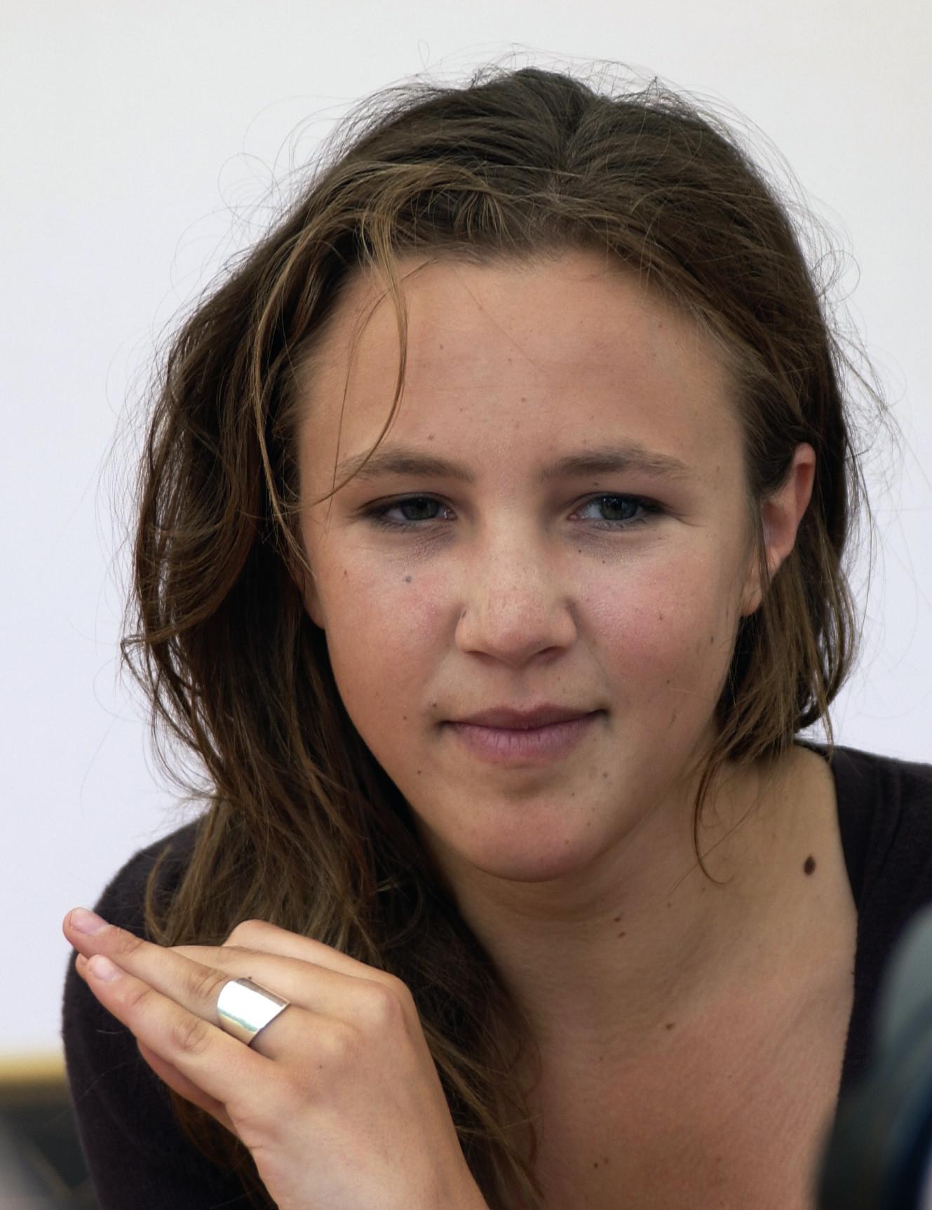 Marie Kremer at an event for Sous les toits de Paris (2007)