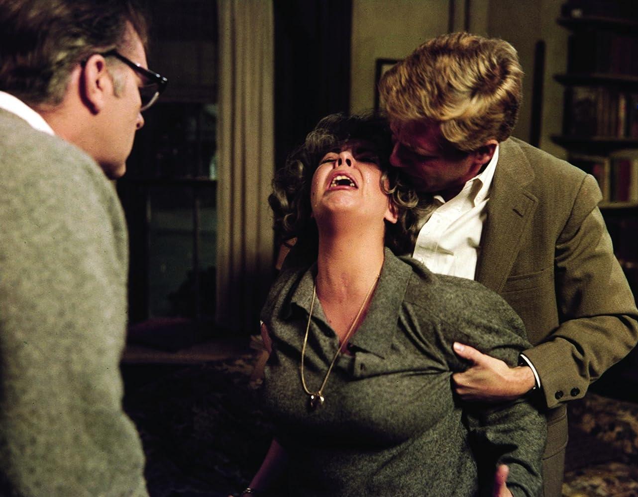 Who's Afraid of Virginia Woolf? (1966) Online Subtitrat