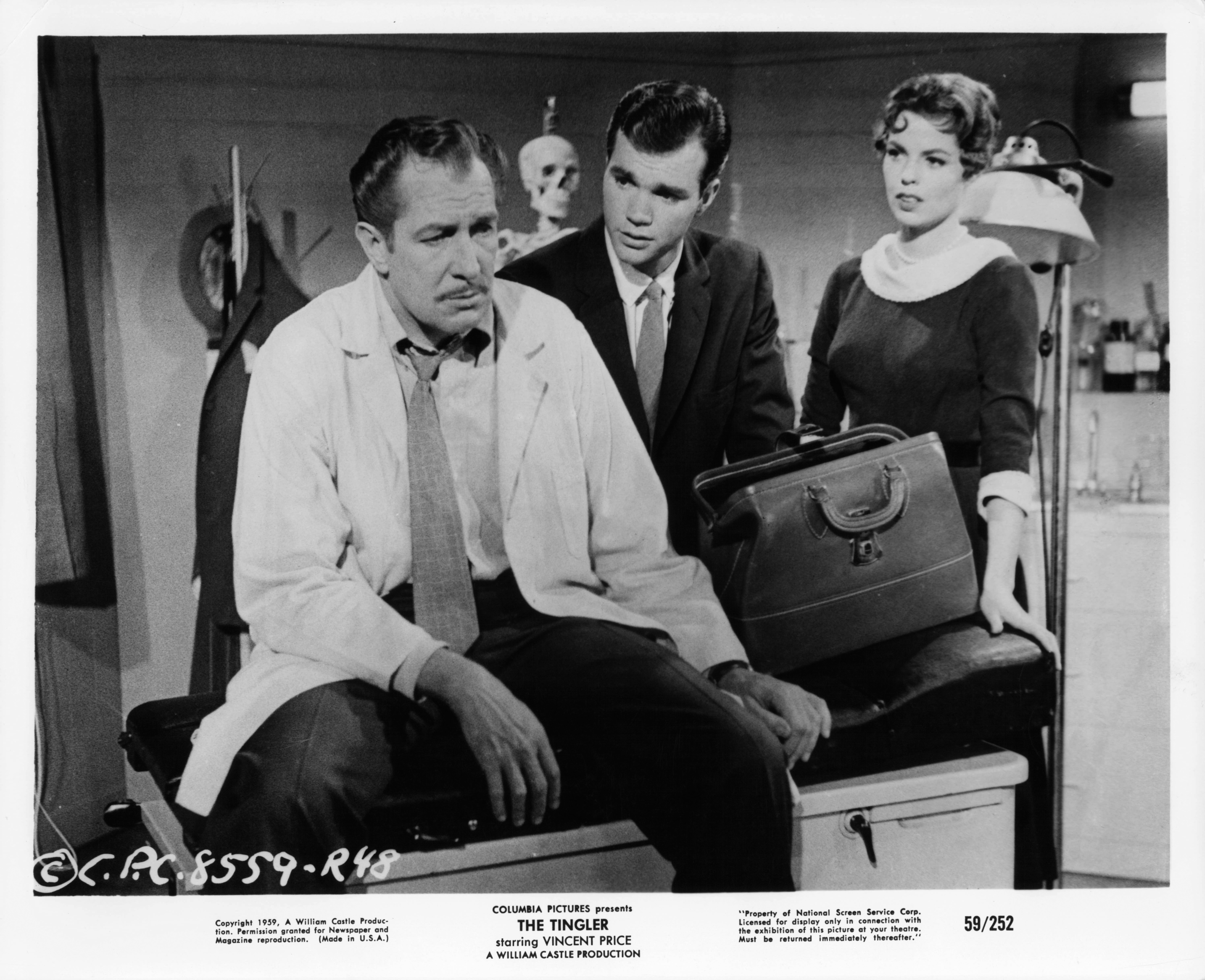 Vincent Price, Darryl Hickman, and Pamela Lincoln in The Tingler (1959)