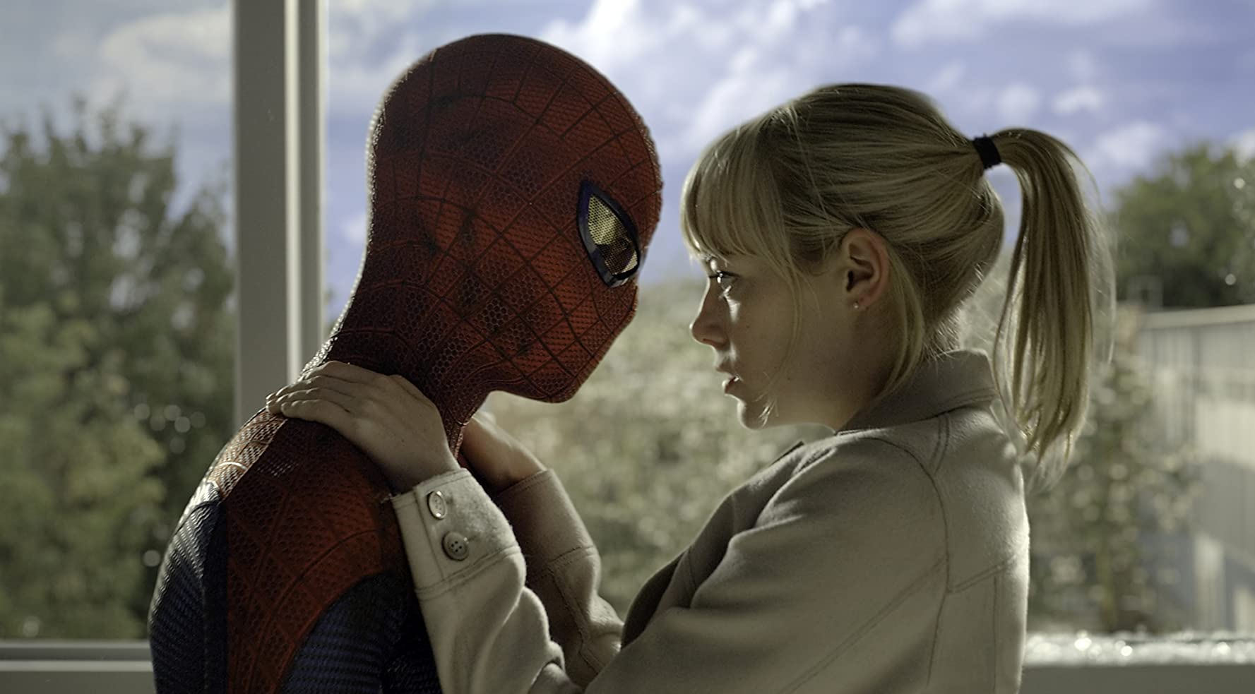 Emma Stone and Andrew Garfield in The Amazing Spider-Man (2012)