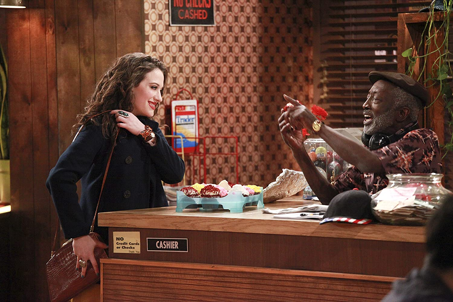 Garrett Morris and Kat Dennings in 2 Broke Girls (2011)