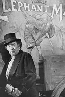 Freddie Jones Picture