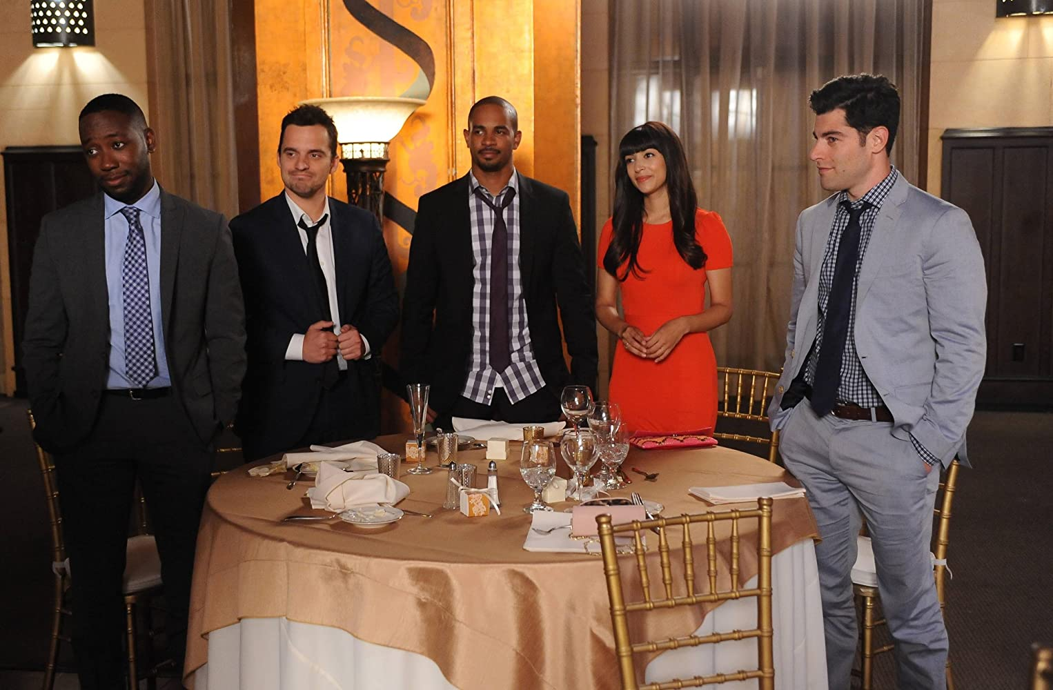 Max Greenfield, Damon Wayans Jr., Hannah Simone, Lamorne Morris, and Jake Johnson in New Girl (2011)
