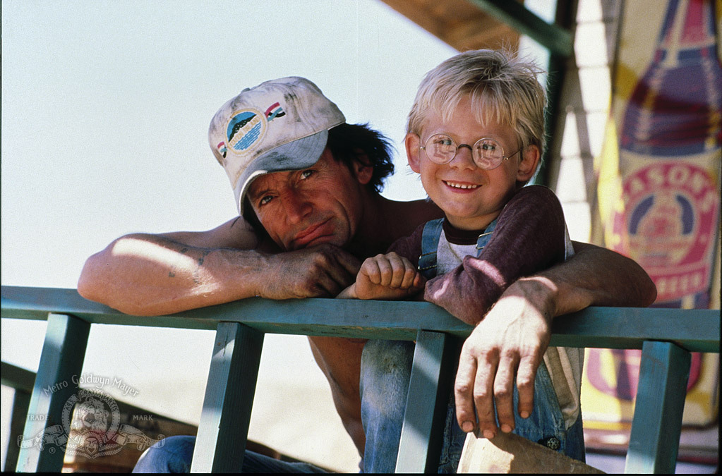 Lance Henriksen and Matthew Hurley in Pumpkinhead (1988)