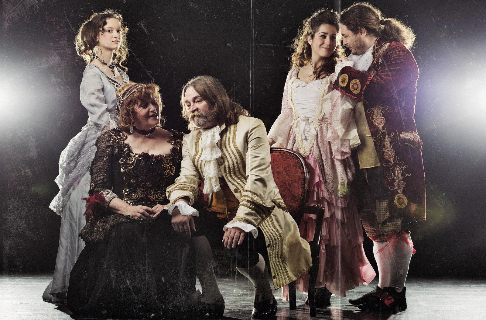 Attila Bocsárszky, Csaba László Eröss, Andrea Ivett Eröss, Mária Kövesdi Szabó, and Lilla Dégner in Benyovszky, the rebel count (2015)