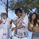 Haidar Ali, Arshad Warsi, and Amrita Rao in Shortkut - The Con Is On (2009)