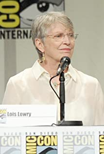 Lois Lowry Picture