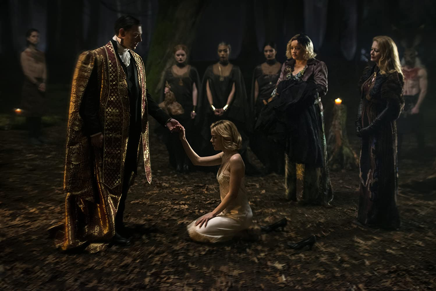 Chilling Adventures of Sabrina (2018) Sezonul 3 Online