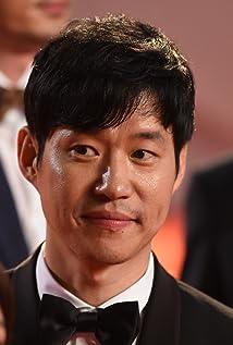 Joon-Sang Yoo - IMDb