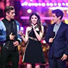Anna Kendrick, Zac Efron, and Adam Devine at an event for 2016 MTV Movie Awards (2016)