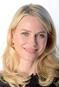 Primary photo for Naomi Watts