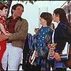 Robin Williams, Lisa Jakub, Matthew Lawrence, and Mara Wilson in Mrs. Doubtfire (1993)