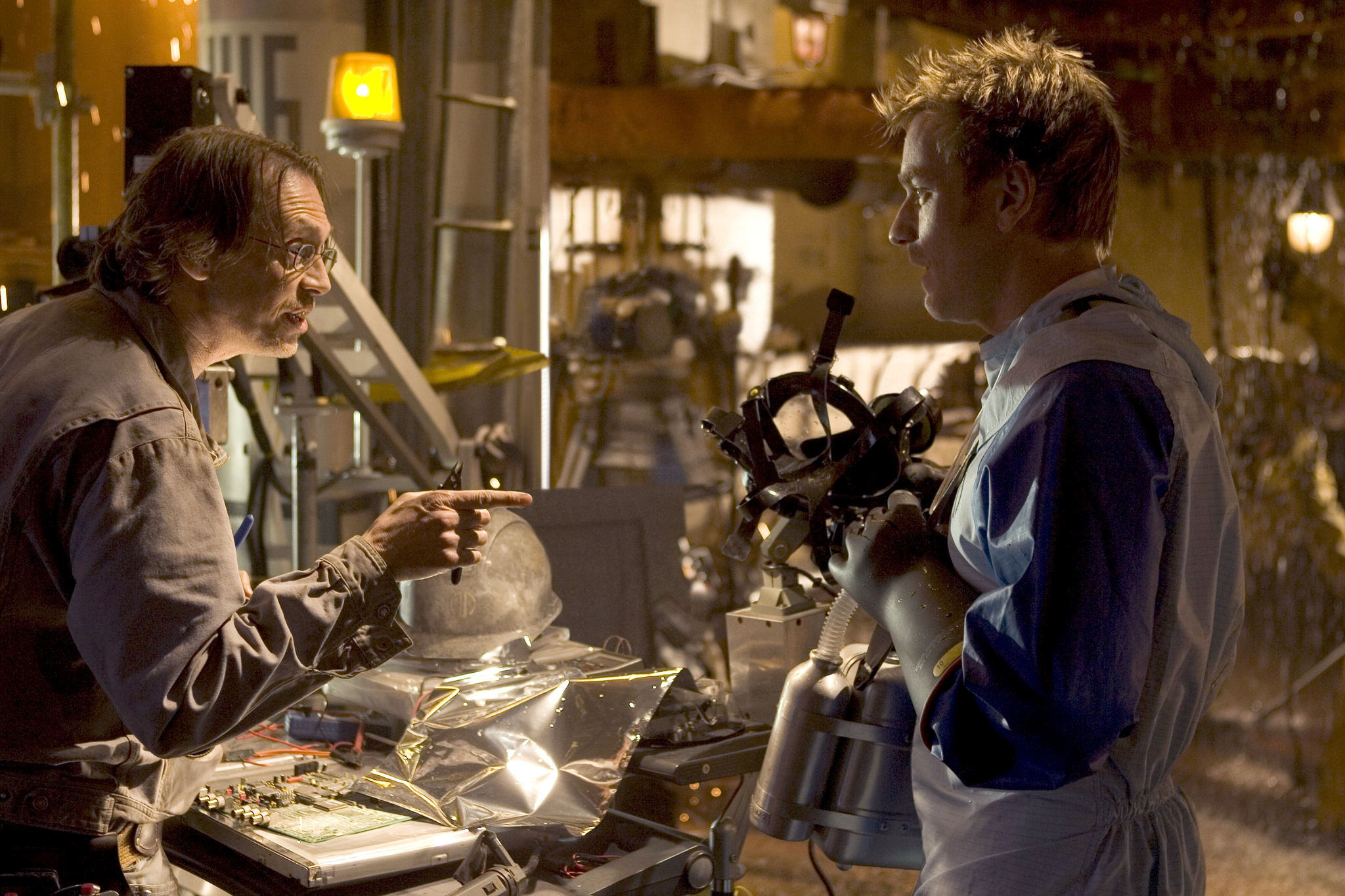 Steve Buscemi and Ewan McGregor in The Island (2005)