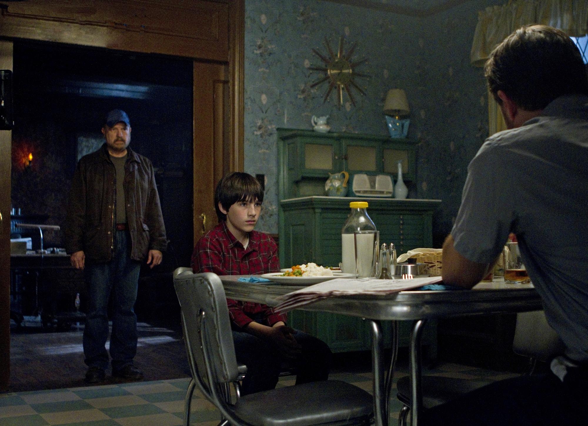 Jim Beaver, Edward Foy, and Collin MacKechnie in Supernatural (2005)