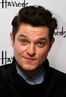 Mathew Horne Picture