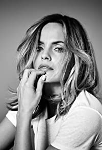 Primary photo for Mena Suvari