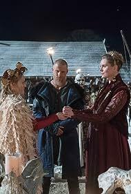 Niall Ó Sioradáin, Alexander Ludwig, Ragga Ragnars, and Lucy Martin in Vikings (2013)