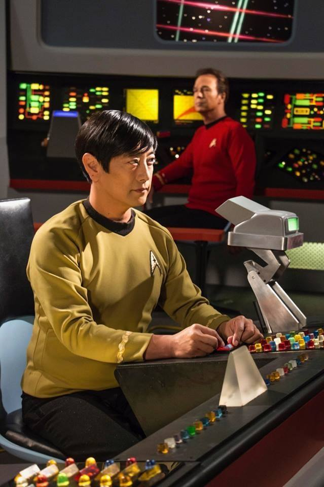 Grant Imahara and Christopher Doohan in Star Trek Continues (2013)