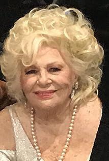 Renée Taylor Picture
