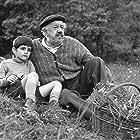 Alain Cohen and Michel Simon in Le vieil homme et l'enfant (1967)