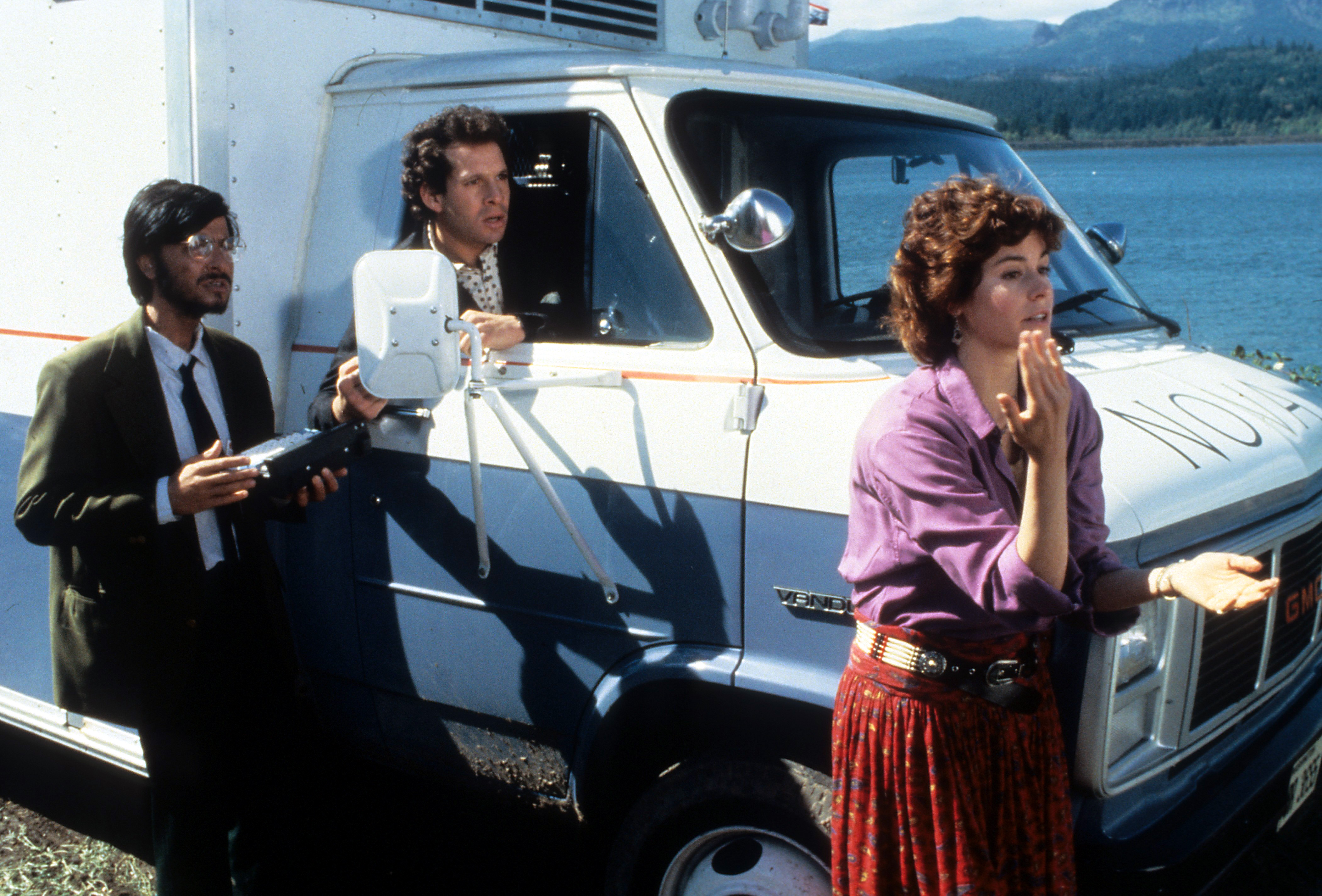 Steve Guttenberg, Ally Sheedy, and Fisher Stevens in Short Circuit (1986)
