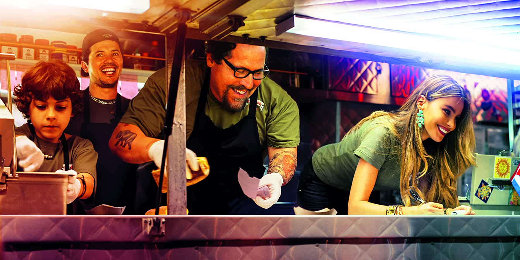 John Leguizamo, Sofía Vergara, Jon Favreau, and Emjay Anthony in Chef (2014)