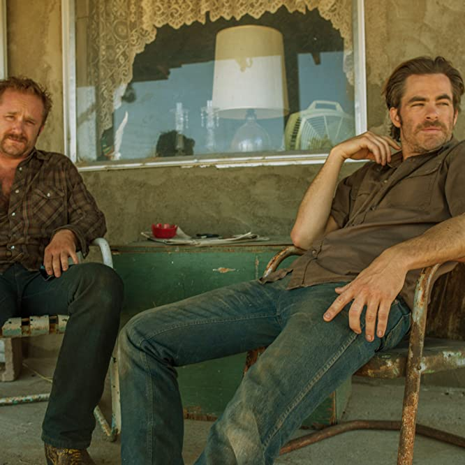 Ben Foster and Chris Pine in Hell or High Water (2016)