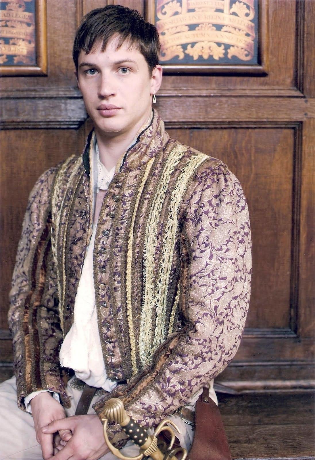 Tom Hardy in The Virgin Queen (2006)