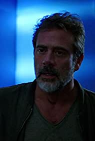 Jeffrey Dean Morgan in Extant (2014)