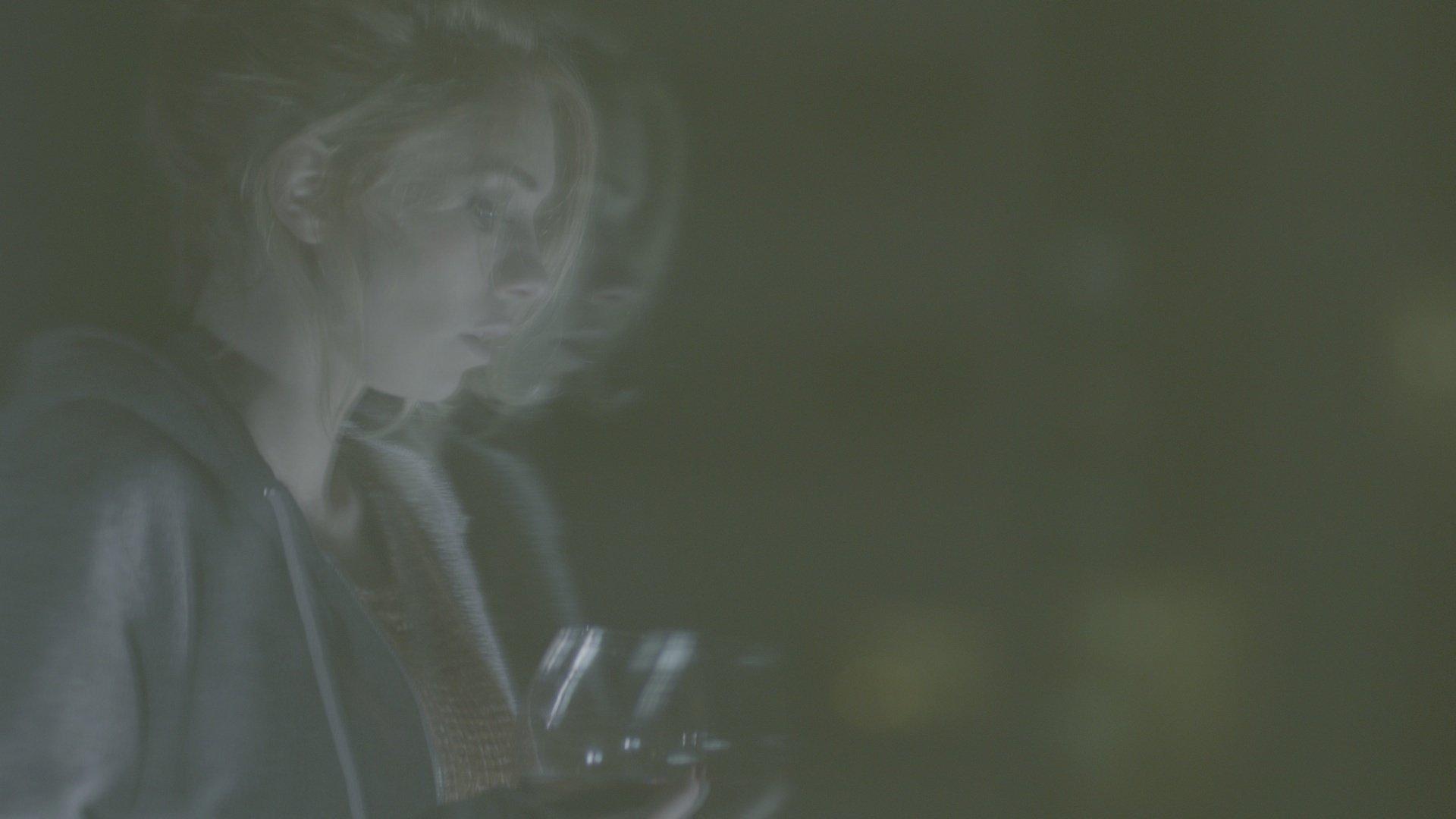 Vanessa Kirby in Insomniacs (2014)
