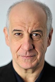 Toni Servillo Picture
