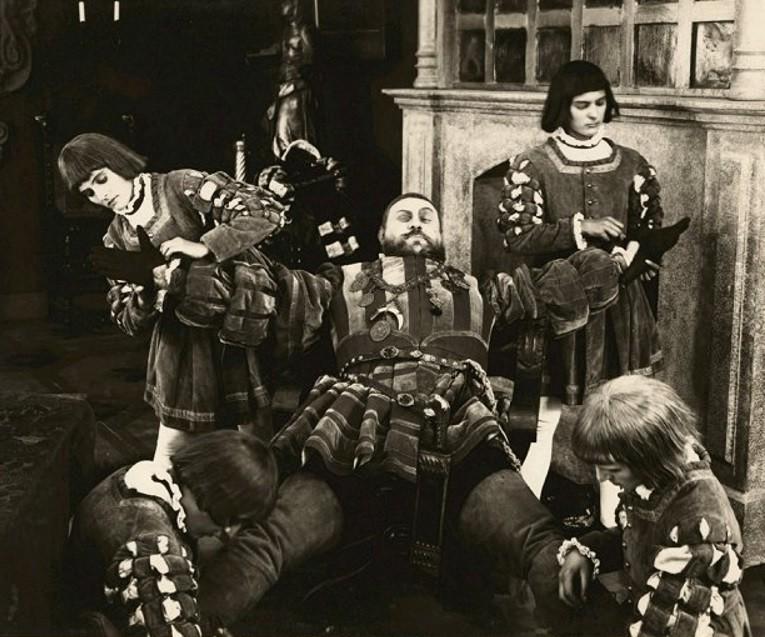 Emil Jannings in Anna Boleyn (1920)